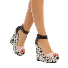 If I was able to walk in 5 and a 1/2 inch heels I would so buy these. I would probably buy them anyways just to have them. So cute!
