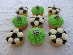 Indulge With Me: Soccer treats. the grass ones look quick and easy