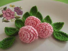 3 Pcs Pink Crochet Applique roses...by zeynepmelis via Etsy