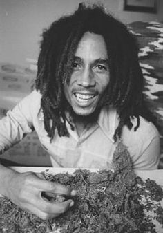 Bob Marley with some of his weed ;-) JAMMIN