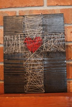 Another design idea for our Pinterest Party on Friday!! Small Things: Lenten Nail and String Art