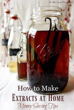 How to Make Homemade Vanilla Extract + 5 other extracts, how to avoid GMO ingredients, best flavor options, time and money saving tips, and 6 recipes! I'm so making these right now. Homemade Spices, Homemade Seasonings, How To Make Homemade, Homemade Recipe, Homemade Food, Homemade Vanilla Extract, Coconut Extract Recipes, Orange Extract Recipes, Gastronomia