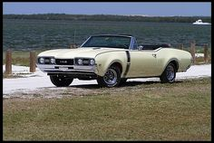 1968 Oldsmobile Cutlass 442 W-30 Convertible.  If ya gotta have an Olds, this would be a good one.