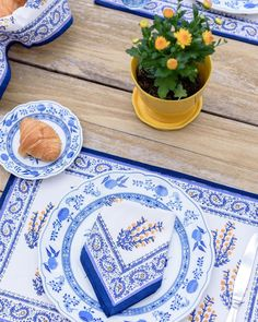 New Year's Resolution #2: Embrace your green thumb, jump on the bandwagon and bring more plants into the home. Yellow Print, Blue Yellow, Blue And White, Green, Printed Napkins, Marigold, Table Linens, Color Pop, Table Settings