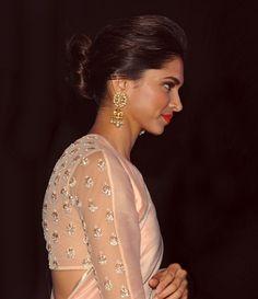 Promot her movie Netted Blouse Designs, Fancy Blouse Designs, Saree Blouse Designs, Pink Saree Silk, Bridesmaid Saree, Bridal Elegance, Stylish Sarees, Saree Styles, Deepika Padukone