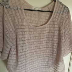 size is Forever 21 Tops Crop Tops Fashion Tips, Fashion Design, Fashion Trends, Forever 21, Crop Tops, My Favorite Things, Nice, Womens Fashion, Sweaters