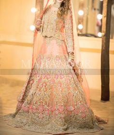 Bridal Mehndi Dresses, Pakistani Wedding Outfits, Bridal Dress Design, Wedding Dresses For Girls, Bridal Outfits, Bridal Lehenga, Bridal Style, Pakistan Bride, Pakistan Wedding