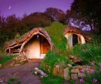 Hobbit Home in Wales Built with Under $5,000