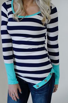 All At Once Top (Navy / Mint) - PiaceBoutique.com