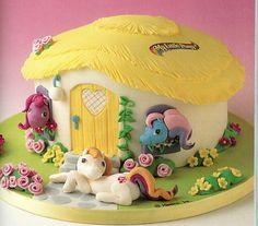 My Little Pony birthday cake - from http://www.vip-tortik.ru/product/1919/