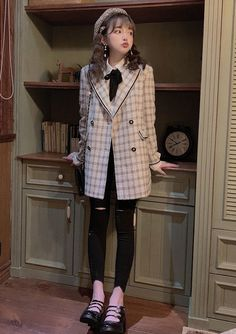 Cute Vintage Outfits, Cool Outfits, Casual Outfits, Cute Fashion, Girl Fashion, Fashion Outfits, Aesthetic Fashion, Aesthetic Clothes, Classy Winter Outfits