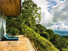 Locations Villa Uvita (Costa rica) 4 personnes - Vista Celestial est un morceau de ciel. La vue imprenable sur l'océan Pacifique, la queue de baleine, et Jungle Canopy de votre Villa avec piscine privée à débordement est inoubliable. Costa Rica hôtel de charme est entouré par la forêt primaire d'une forêt de nuage au-dessus de la propriété. Il induit une sensation immédiate de bien-être. Cet hôtel de charme comprend cinq haciendas de luxe.