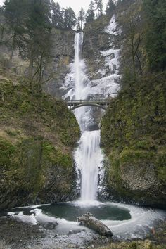 Multnomah Falls in Winter - 35 min from downtown Portland Oregon in the Columbia River Gorge