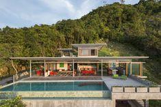 Astounding Retreat Embracing the Quietness of the Landscape