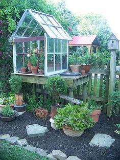 23 Small Greenhouse Made From Old Antique Windows - All About Garden Best Greenhouse, Greenhouse Plans, Greenhouse Gardening, Greenhouse Wedding, Old Window Greenhouse, Homemade Greenhouse, Diy Small Greenhouse, Pallet Greenhouse, Portable Greenhouse