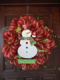 Deco Mesh Wreath w/snowman