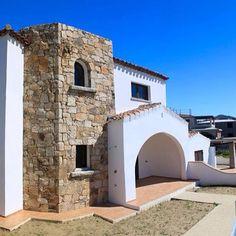 Budoni Sardegna - Villette e appartamenti in vendita sulla costa Nord Est. SCARICA LA BROCHURE DAL NOSTRO SITO: http://www.orizzontecasasardegna.com/pdf/B-01VE53.pdf