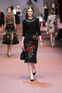 Dolce&Gabbana Winter 2016 Women's Fashion Show. #dgmamma #dgfamily