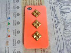 handyhulle selbst gestalten handyhulle gestalten orange hulle mit goldenen elementen