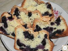 Chec cu afine desert Loaf Cake, Pancakes, Muffin, Sweets, Breakfast, Food, Fine Dining, Morning Coffee, Crepes