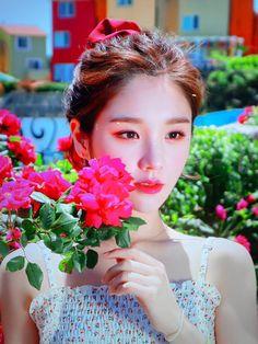 I Love Girls, Cool Girl, My Girl, South Korean Girls, Korean Girl Groups, Olivia Hye, Korean Street Fashion, Extended Play, Kpop Aesthetic
