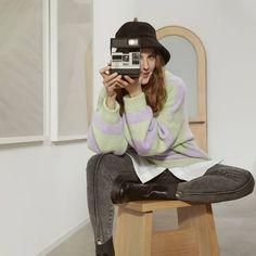 Alina Boz, Kate Moss, Marie Claire, Karaoke, Comfy, Actresses, Celebrities, Sweaters, Jackets