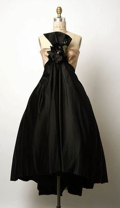 Dress    Arnold Scaasi, 1955    The Metropolitan Museum of Art i wanna go somewhere and wear this and feel classy!