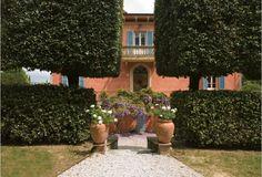 Tenuta della Chiana. luxury villa rental in Tuscany - near Arezzo and Cortona