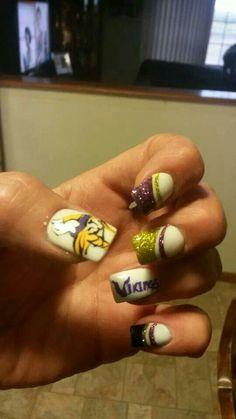 Vikings nails