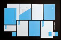 Corporate Logis Concept : farde, carte de visite, entête de lettre et papeterie, etc.