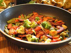 deindiaetcoach.de Würzige Puten-Gemüse-Pfanne - Diät Rezept für Feinschmecker