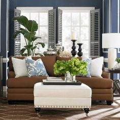 South Shore Decorating Blog: Tuesday Inspiration. Caramel and periwinkle blue. My next theme.