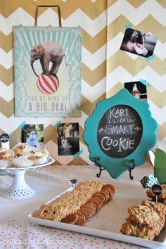 You're One Smart Cookie, a Graduation Party idea! A graduation party featuring a cookie bar in honor of your high school graduate. Graduation Party Planning, College Graduation Parties, Graduation 2016, Graduation Celebration, Graduation Decorations, Grad Parties, Graduation Gifts, Graduation Cookies, Graduation Open Houses