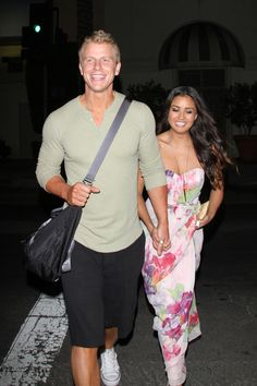 Sean Lowe in @George Karabelas GINA & LUCY TheBachelor #DWTS --- Man after my heart! A guy with a GGL bag!