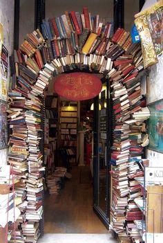 Bookstore Entrance - Lyon, France #StreetArt. @Deidré Wallace