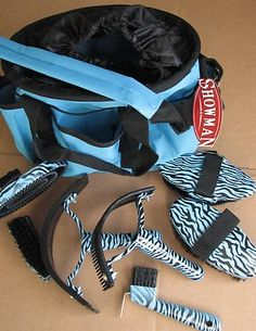My sister: 'Hey, Z, you don't still use that weird grooming kit that Mimi got you for your birthday, do you?' Me: *hides blue Zebra print curry behind my back* Noooooooooooooooo Horse Grooming Supplies, Horse Supplies, Grooming Kit, Horse Tips, My Horse, Horse Quotes, Horse Farms, Horse Pictures, Saddles