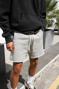 Dope Outfits For Guys, Summer Outfits Men, Stylish Mens Outfits, Casual Outfits, Tomboy Fashion, Look Fashion, Fashion Outfits, Mode Shorts, Black Men Street Fashion