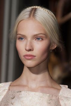 198 details photos of Valentino at Couture Fall 2013.