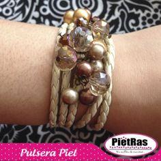Crea tus propias ideas solo en #PietRas!!!  Pulsera en piel y cristales