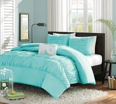Turquoise Blue Aqua Girls Twin Comforter Set (3 Piece Bed Bag)