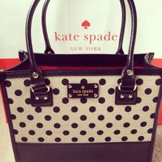 I Love Kate Spade! Matches my Glasses! ;)