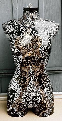 Mannequin Art, Dress Form Mannequin, Art Sculpture, Looks Cool, Female Form, Mosaic Art, Mannequins, Oeuvre D'art, Metal Art