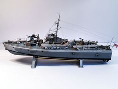 Model, text and images by Tony Cooke A very pleasurable build despite the age of the kit. Took about 2 weeks to build  Kit manufacture: Airfix Scale: Type: Vosper MTB Ex Scale Model Ships, Scale Models, E Boat, Model Ship Kits, Boat Kits, Military Diorama, Armored Vehicles, Royal Navy, Model Building