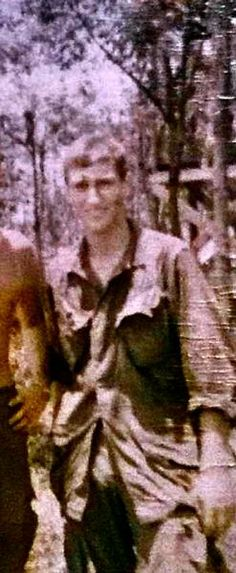 Virtual Vietnam Veterans Wall of Faces | LAURENCE T MCDOWELL | ARMY
