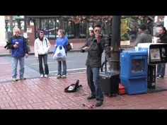 AMAZING Street Violinist Draws Audience - Halo Remix (beyonce) - YouTube