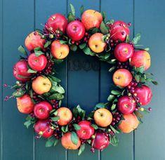 Williamsburg Style Apple Wreath Pine Wreath Base for Fresh Fruit Decoration or O. Wreath Crafts, Diy Wreath, Decor Crafts, Wreath Ideas, Fall Crafts, Red Home Decor, Fall Decor, Seasonal Decor, Apple Decorations