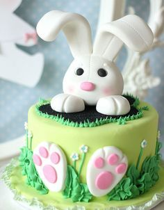 Want to bake an Easter Cake? Bake a cute & traditional Bunny Cake this Easter. Make your Easter brunch special with these festive Easter Bunny Cake Recipes. Easter Bunny Cake, Bunny Party, Easter Cupcakes, Easter Cookies, Easter Treats, Easter Cake Fondant, Easter Party, Bunny Birthday Cake, Cakes For Easter