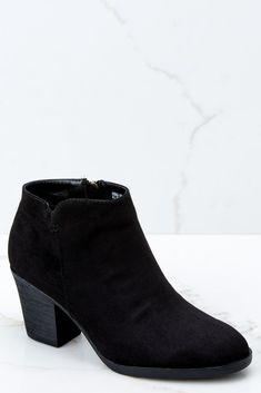 dab930837b2 Women s Fashion Shoes - Cute   Trendy Young Women Footwear