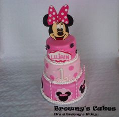 Minnie mouse cake. Go on www.brownyscakes.com for all your cake supplies and sign up for our upcoming Newsletter. For more information about a cake & Cupcake or Cookies order send us an email @ Info@brownyscakes.com @ Amsterdam –NL
