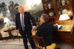 VISITA OFICIAL. El presidente argentino Mauricio Macri junto al presidente estadounidense Donald Trump en un momento de la visita a la Casa Blanca, el jueves 27 de Abril de 2017. (Presidencia / Télam)
